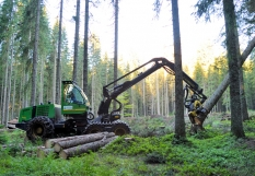 GG Bled - Forest production: machines for wood harvest